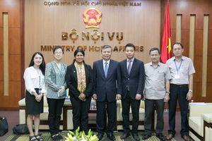 Thứ trưởng Bộ Nội vụ Nguyễn Trọng Thừa tiếp xã giao Đoàn đại biểu đại diện Chương trình tình nguyện Liên Hợp Quốc (UNV) khu vực Châu Á – Thái Bình Dương