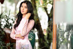Hoa hậu Quốc tế Kevin Lilliana đẹp hút hồn khi diện áo dài Việt Nam