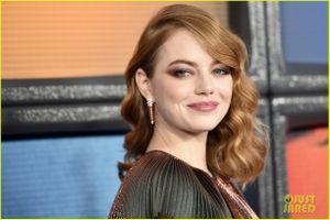 Emma Stone đẹp cuốn hút trên thảm đỏ ra mắt phim
