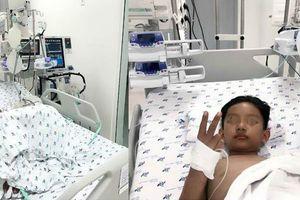 Bác sĩ 2 bệnh viện cứu sống bé trai sốc sốt xuất huyết trước ngày Trung thu