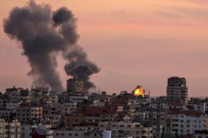 Máy bay của Israel không kích Dải Gaza