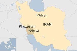 Xả súng nhằm vào đoàn diễu binh ở Iran, vài người thiệt mạng
