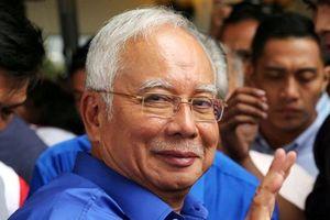 Cựu Thủ tướng Malaysia nộp một phần phí bảo lãnh tại ngoại