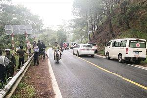 Nhảy xuống thác nước trong tour du lịch mạo hiểm, một du khách Hàn Quốc tử nạn