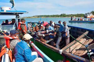 Vụ lật phà ở Tanzania: Ít nhất 136 thi thể đã được trục vớt