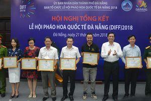 Khen thưởng 26 tập thể, 44 cá nhân trong công tác tổ chức Lễ hội Pháo hoa quốc tế