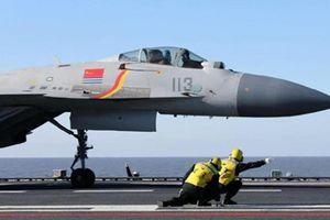 Thiếu phi công, tàu sân bay Trung Quốc liệu có ngưng hoạt động?