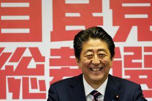 Ông Abe trở thành thủ tướng tại vị lâu nhất Nhật Bản, nhắm thay đổi hiến pháp hòa bình