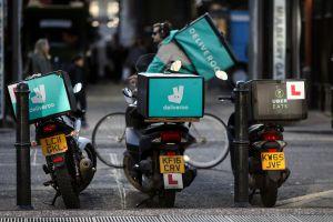 Uber đàm phán mua startup giao hàng thực phẩm Deliveroo