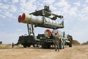Mỹ cấm Trung Quốc mua vũ khí của Nga