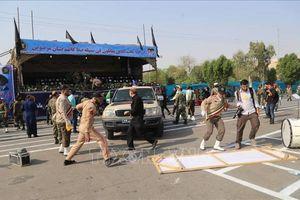 Iran lên án vụ tấn công nhằm vào lễ diễu binh khiến hàng chục người thiệt mạng