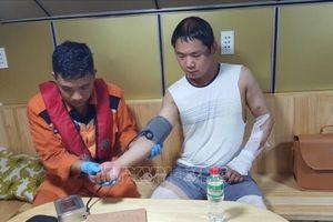 Khánh Hòa cứu thành công thuyền viên nước ngoài gặp nạn