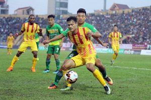 VFF và VPF tạm dừng các hoạt động bóng đá
