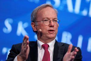 Cựu Giám đốc điều hành Google cho rằng đến năm 2028 thế giới sẽ có 2 mạng Internet