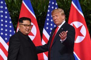 Trump: 'Kim Jong Un bình tĩnh, tôi cũng bình tĩnh, hãy chờ xem!'