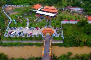 Chiêm ngưỡng đền thờ tổ 100 tỷ của NSƯT Hoài Linh