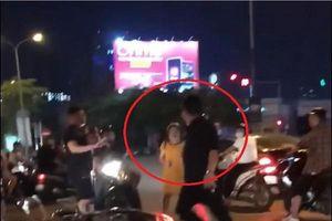 Clip: Nam thanh niên đi xe tay ga đòi đánh thai phụ trên đường chỉ vì va chạm giao thông