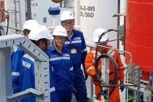 Chưa vận hành thương mại chính thức, Lọc dầu Nghi Sơn vẫn được xuất khẩu 24.000m3 xăng
