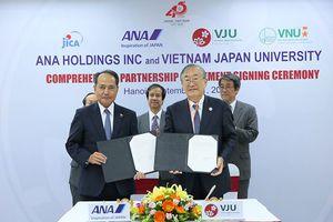 Hãng hàng không hàng đầu Nhật Bản ký hợp tác chiến lược với ĐH Việt Nhật