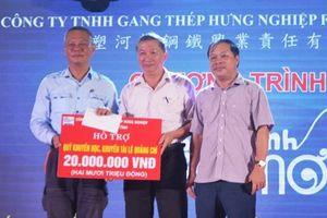 Formosa Hà Tĩnh trao 400 suất học bổng cho học sinh giỏi vượt khó
