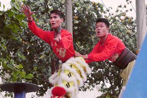Chuyện 'mấy thằng múa lân theo đám giang hồ' ở Sài Gòn