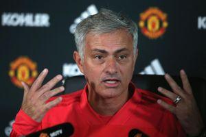 HLV Mourinho: 'MU không đáng giành chiến thắng'