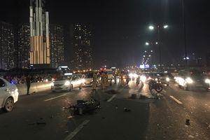 Va chạm xe trộn bê tông, đôi nam nữ tử vong trên cầu Sài Gòn