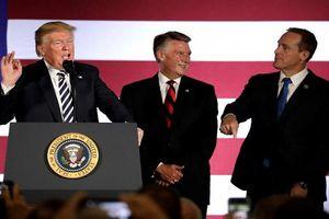 Gay cấn cuộc vận động cho bầu cử Quốc hội Mỹ giữa nhiệm kỳ