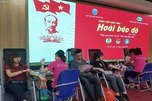 Viện Đại học Mở Hà Nội, sôi động Ngày hội hiến máu Hoài bão đỏ