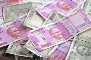 Ấn Độ sẽ mua dầu thô Iran bằng đồng rupi