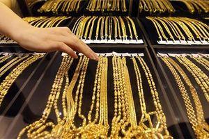 Giá vàng trong nước chênh hơn 2,7 triệu đồng so với thế giới