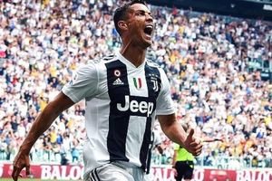 Đây là điều 'ngàn năm có một' mà chỉ Ronaldo làm được