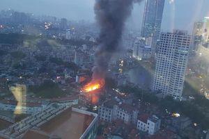 Xác định nguyên nhân vụ cháy khiến 2 người thiệt mạng, thiêu rụi 19 căn nhà ở La Thành