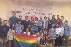 Các bậc cha mẹ nói gì về hôn nhân bình phong và chuyện công khai của cộng đồng LGBT?