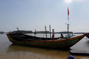 Cháy hai tàu cá tại xã Hải Châu (Tĩnh Gia)