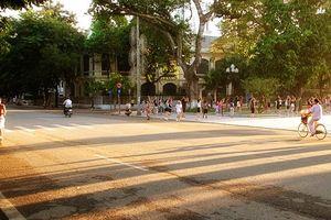 Dự báo thời tiết ngày 23/9: Hà Nội tiếp tục nắng đẹp