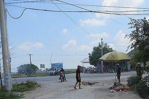 Bất cẩn khi băng qua đường, cụ ông bị xe tải tông tử vong