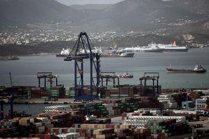 Trung Quốc mở rộng đầu tư cảng biển, Châu Âu 'thua' trên sân nhà