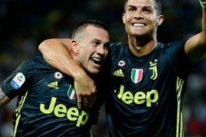 Hậu thẻ đỏ Champions League, Ronaldo tỏa sáng tại Serie A