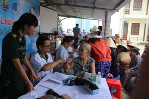 Xây 'thành trì lòng dân' trên vùng biển Khánh Hòa