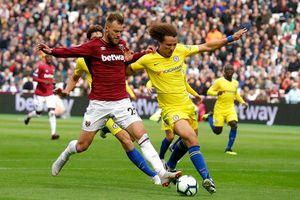 Chelsea đứt mạch toàn thắng, Arsenal mở hội trên sân nhà