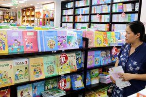 Bộ GD-ĐT yêu cầu không để học sinh viết, vẽ vào sách giáo khoa
