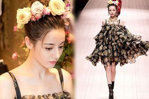 Mỹ nữ Tân Cương xinh như thiên thần trong show của Dolce & Gabbana