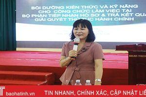 Nâng 'trình' xử lý hồ sơ một cửa cho công chức cấp xã Hà Tĩnh