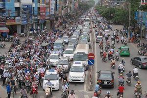 Cấm ô tô trên phố Phương Liệt, phương tiện di chuyển hướng nào?