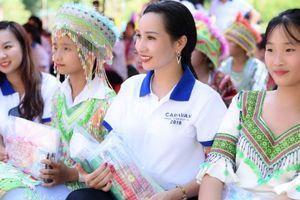 Nữ hoàng Thương hiệu ngành ô tô Châu Loan tham gia hành trình nhân ái caravan