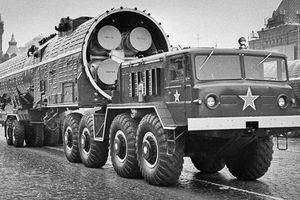 Ai 'châm ngòi' cuộc Chiến tranh Lạnh?