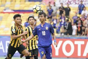 U16 châu Á: Cầu thủ U16 Malaysia lần thứ 2 tung cước, đạp thẳng ngực đối thủ