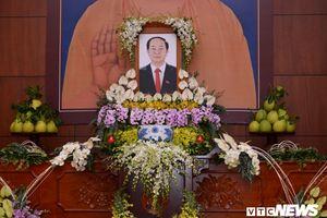Đoàn viếng Chủ tịch nước Trần Đại Quang không mang vòng hoa