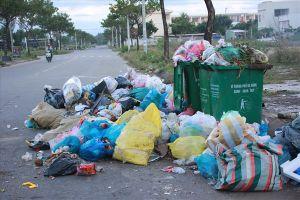 Người dân Đà Nẵng bị rác bủa vây